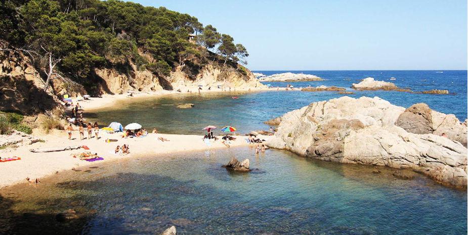 Vista de la Playa de Cala Estreta