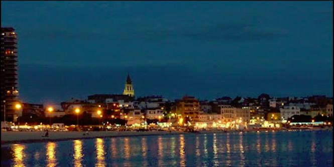 Vista nocturna de Palamos
